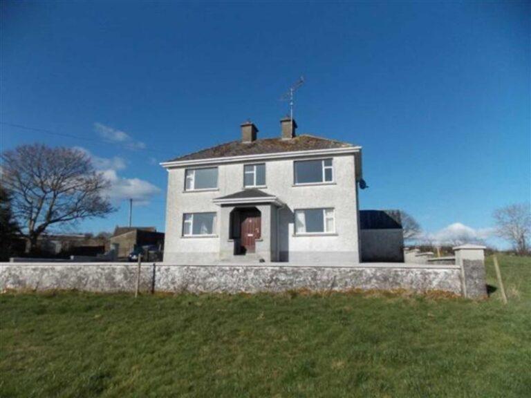 Clonarn, Mullagh | 3 Bed House