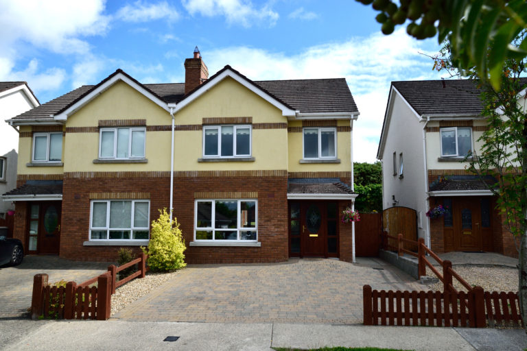32 The Drumlins | 3 Bed Semi-Detached