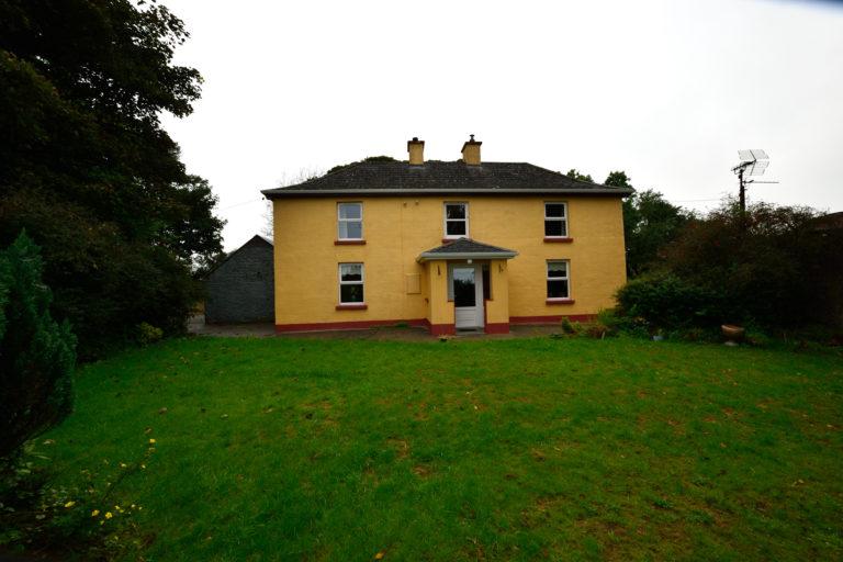 Aghaloughan | 4 Bed Farmhouse